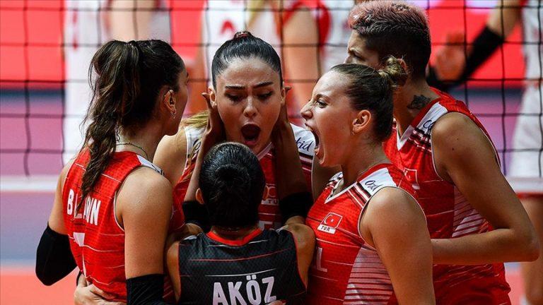 A Milli Kadın Voleybol Takımı 2021 Avrupa Şampiyonasında yarı finale yükseldi
